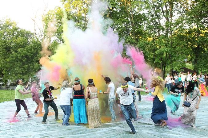 ХОГАРТ_арт и партнеры зажгли на Hippie Party