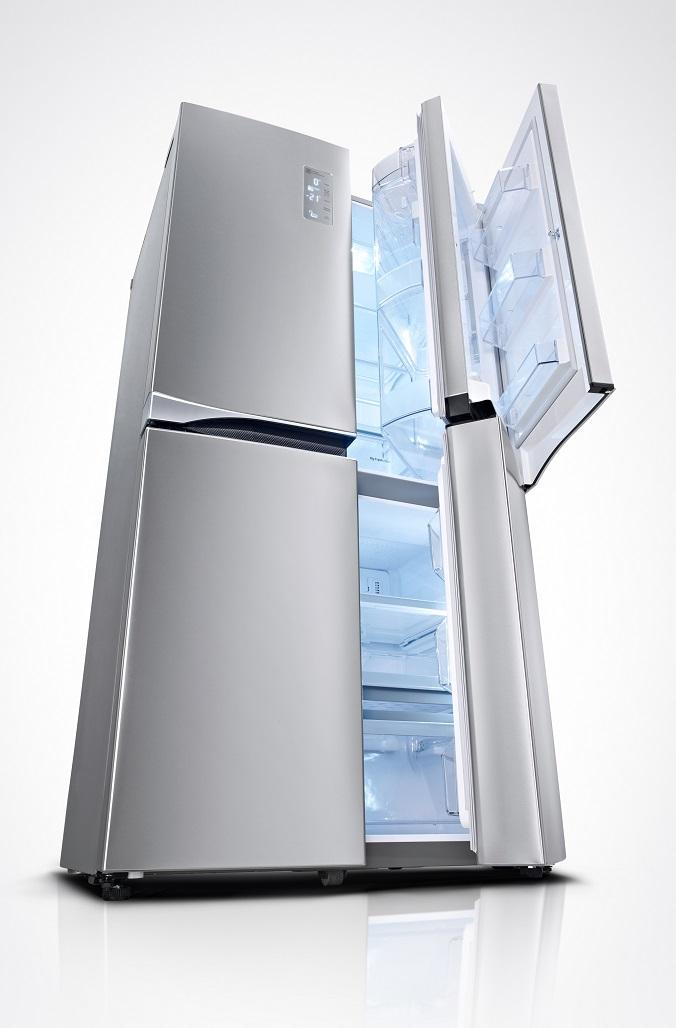 ХолодильникLGс функцией «Дверь-в-двери»