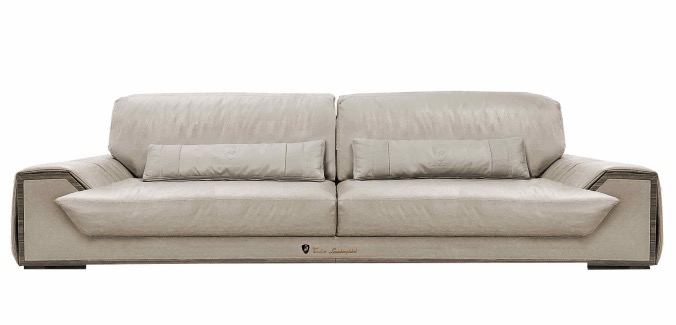 TLC - Sofa Long Beach 2014 Scont..jpg