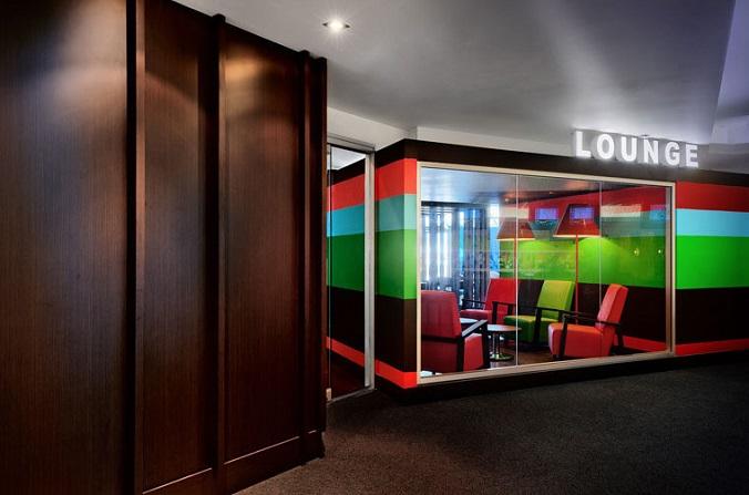 Бар Le Lounge в Квебеке