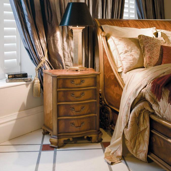 mountbatten_bedside_cab_id328_1.jpg