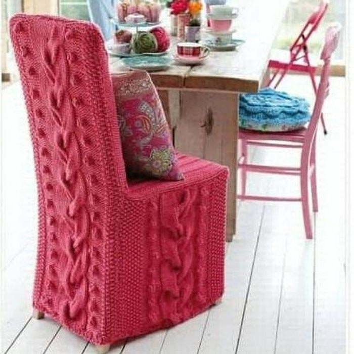Knitted-pink-chair-with-a-high-back_5.jpg