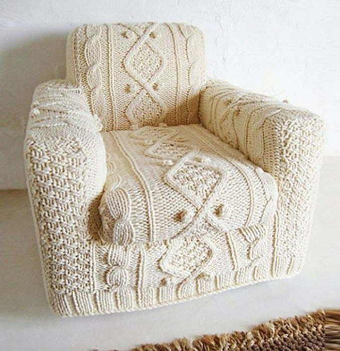 The-knitted-sofa-in-cream_1.jpg