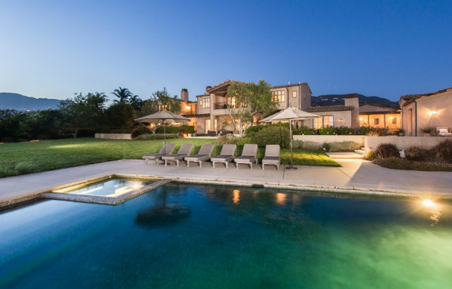 Famous-Mansions-in-Los-Angeles-Lady-Gaga-3