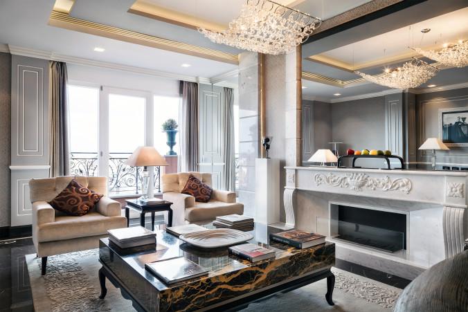 10_Roman_Penthouse_living