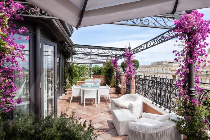 11_Roman_Penthouse_terrace