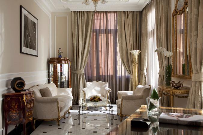 4_Baglioni_Hotel_Regina_Suite