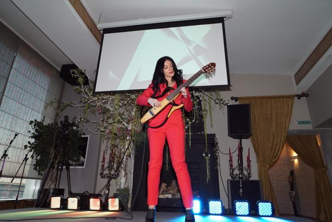 Ирина Игнатюк - звезда акустической гитары