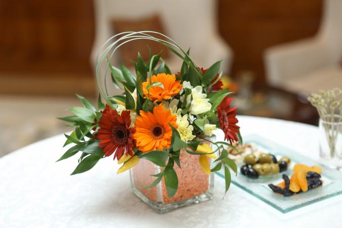 Обычный букет фото, свадебные букеты из пионов купить в москве недорого