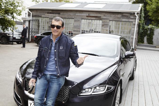 Antonio Banderas_Jaguar (2)