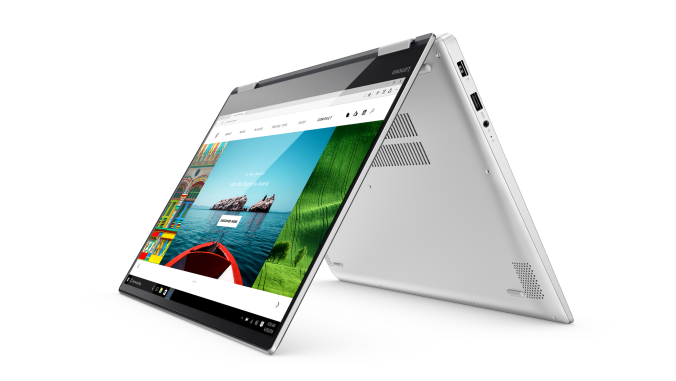 03_YOGA720_15INCH_Hero_Shot_Platinum_Tent_mode_front_facing_left_Web_browser_screen_Fill