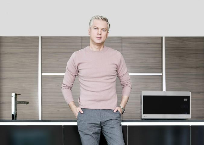 Сергей Светлаков и микроволновая печь NeoChef
