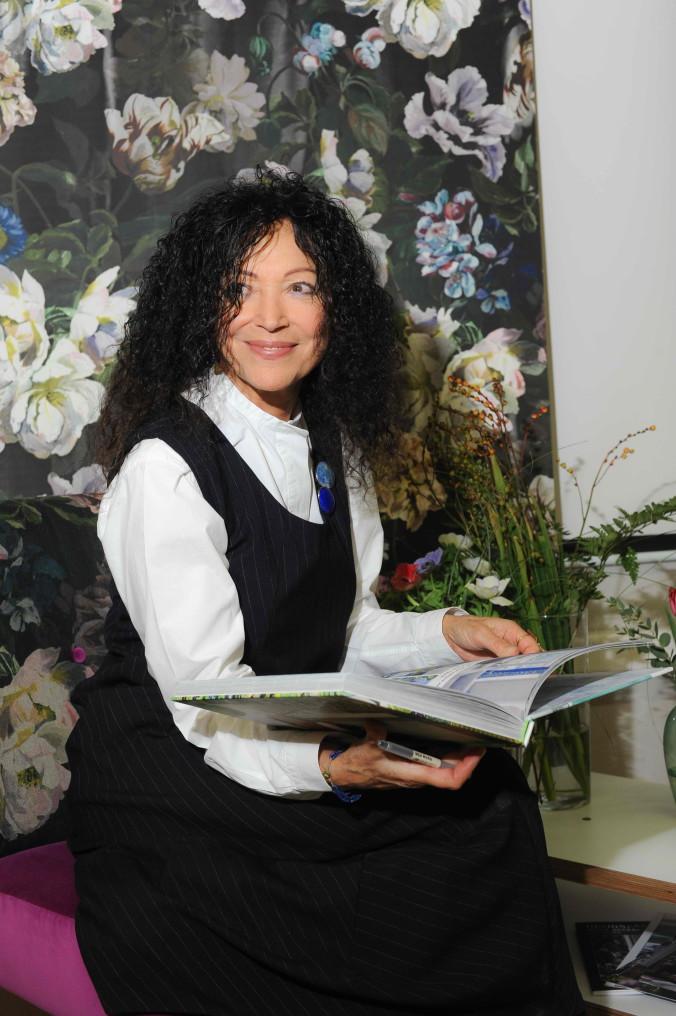 Триша Гилд с новой книгой Paint Box