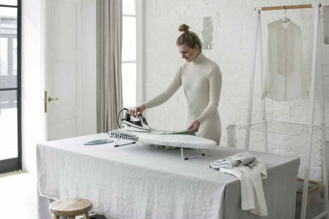 Ironing Board S, 95x30cm, Tabletop - Fern Shades - 8710755119729 Brabantia_300dpi_5760x3840px_6_NR-13824