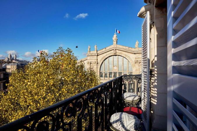 25h_Paris_SteveHerud_Rooms_Balcony_large1