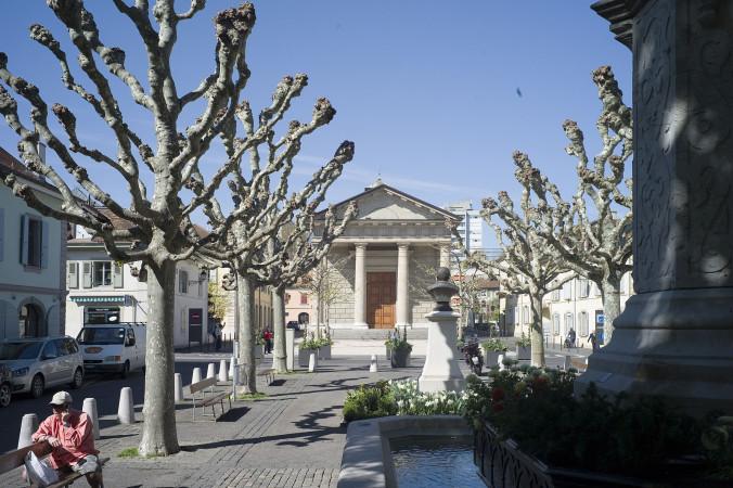 Carouge_Place_du_Temple1