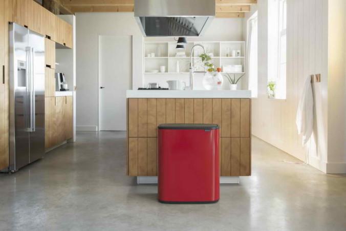 Bo Touch Bin, 60L - Passion Red - 8710755223044 Brabantia_300dpi_5760x3840px_6_NR